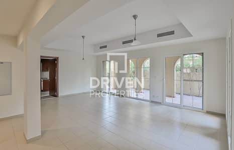 4 Bedroom Villa for Rent in Arabian Ranches, Dubai - Well-managed Corner and Type A 4 Bed Villa