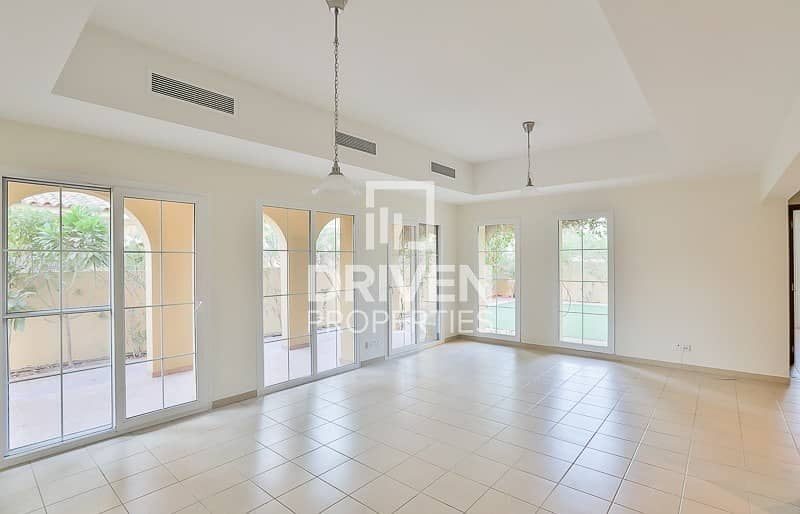 2 Well-managed Corner and Type A 4 Bed Villa