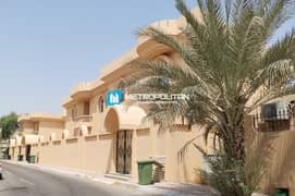 Prodigious & Elegant New Villa for Perfect Price!