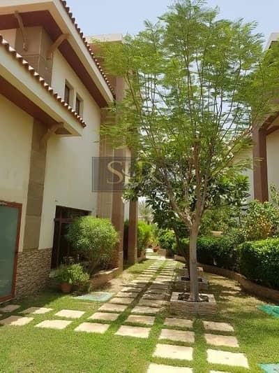 فیلا 5 غرف نوم للبيع في جزر جميرا، دبي - Luxury 5 Bed Villa | Maids and Driver's room | Private Pool