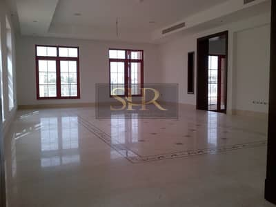 5 Bedroom Villa for Sale in Jumeirah Islands, Dubai - Luxury 5 Bed Villa | Maids and Driver's room | Private Pool