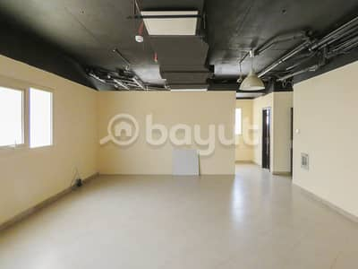 Office for Rent in Muwaileh, Sharjah - SPACIOUS OFFICE  AVAILABLE FOR RENT IN MUWAILEH, SUITABLE FOR ALL KIND OF COMMERCIAL ACTIVITIES INCLUDING MEDICAL CENTRE