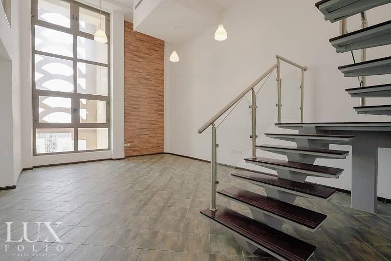 2 Loft Living | Upgarded | Marina View  | Study