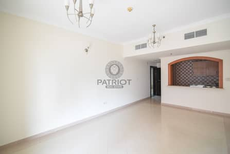 1 Bedroom Flat for Rent in Barsha Heights (Tecom), Dubai - Specious 1BHK | Close To Metro | One Month Free