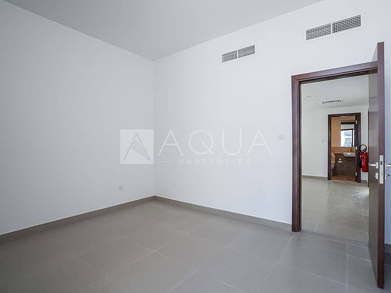 13 Amazing 3 BR for sale in Arabella 2