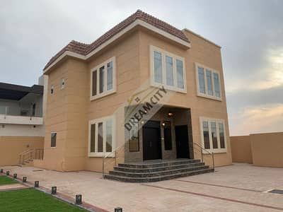 5 Bedroom Villa for Rent in Al Jurf, Ajman - Villa for rent does not rent a new first inhabitant of the neighbor's street directly finishing Super Deluxe area of 10,000 feet