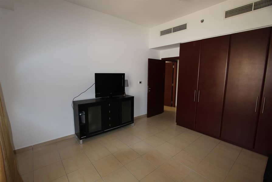 16 2BR Unfurnished | Partial Sea & Marina View|Vacant