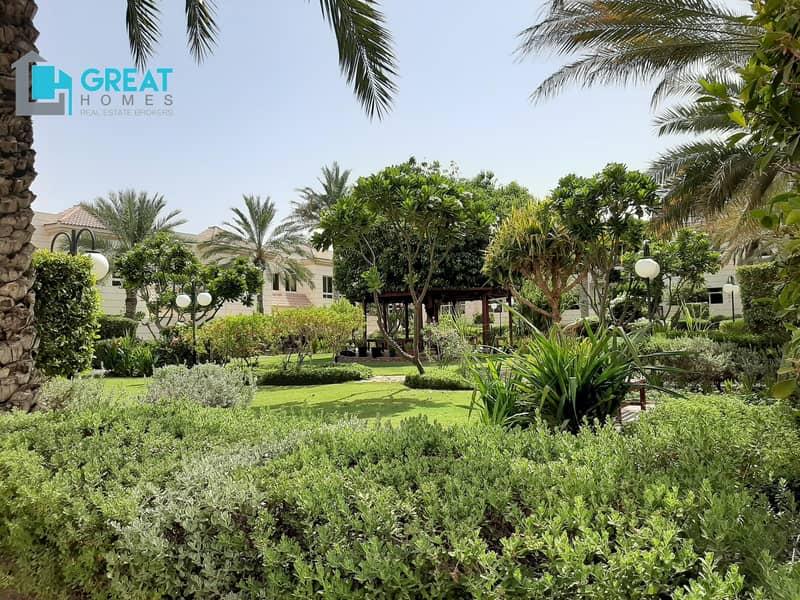 2 4 Bedroom Villa For Rent In Mirdif