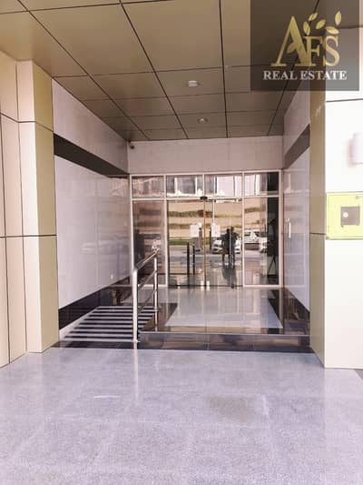 Canal View - Spacious Apartment - Sports City