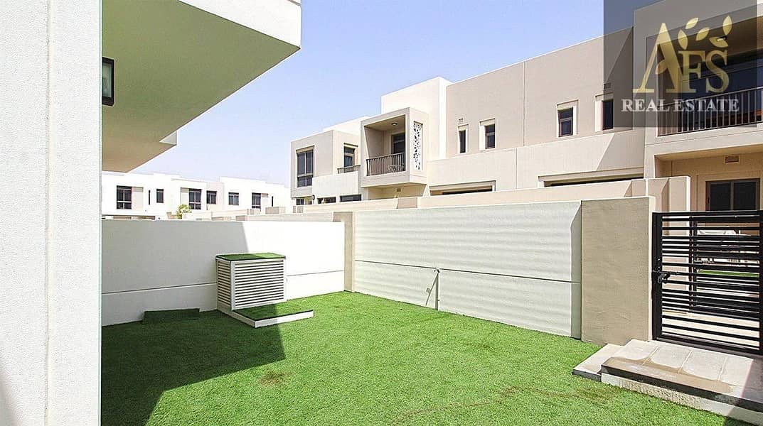 Brand New  Townhouse - 3 Bed + Maid - Close to Park