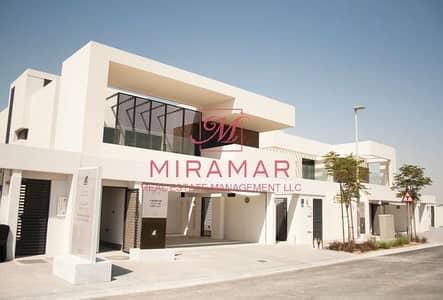 فیلا 5 غرف نوم للبيع في جزيرة ياس، أبوظبي - فیلا في وست ياس جزيرة ياس 5 غرف 5350000 درهم - 4689557