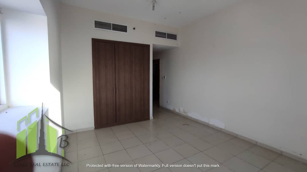BIGGEST 2 BHK FOR SALE WITH SEA VIEW AND PARKING!!