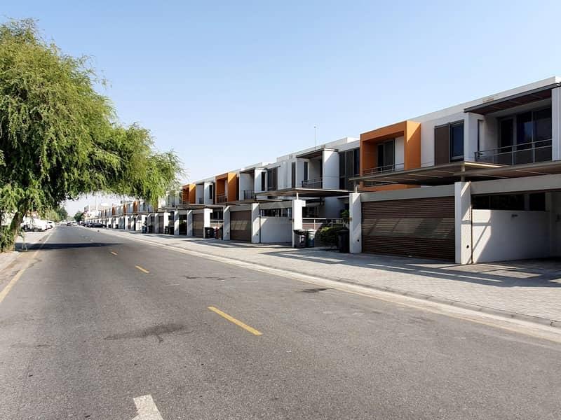2 Ready to Move In 3BR |1 Month Free Rent | Near Al Safa Park