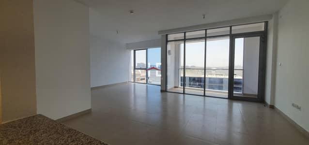 3 Bedroom Flat for Rent in Rawdhat Abu Dhabi, Abu Dhabi - Chic 3 BHK| Neat Finish| Maid Room+Amenities