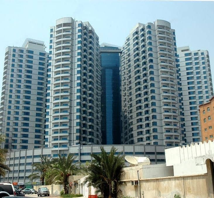 SUPERBLY STYLISH ONE BEDROOM PLUS HALL 1004 SQFT FOR RENT IN FALCON TOWERS ONLY FOR 19000 IN FOUR CHEQUES