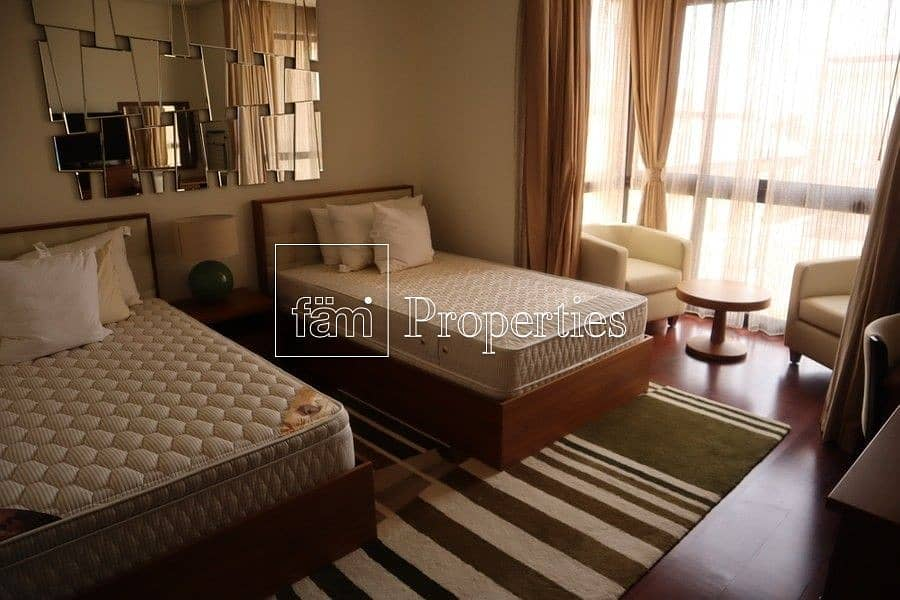11 2 Bedroom | Furnished | Lagoon View | Vacant