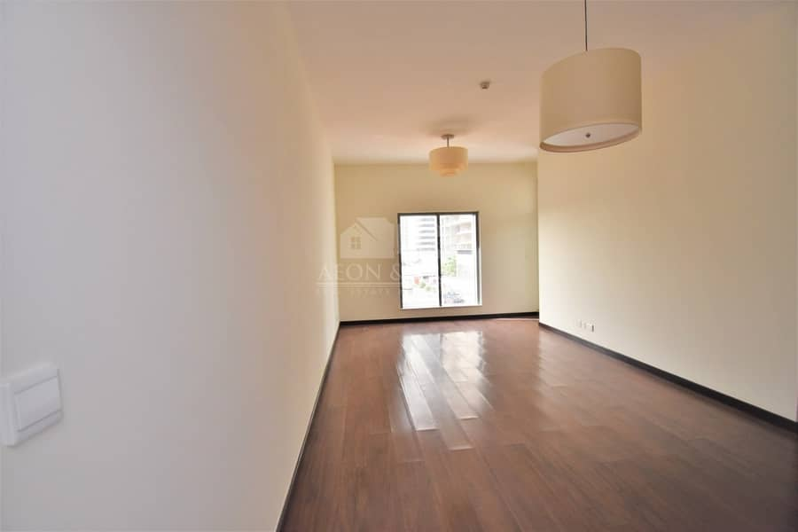 Best Deal !! Green lakes S 2 Stunning 2 bedroom lake view