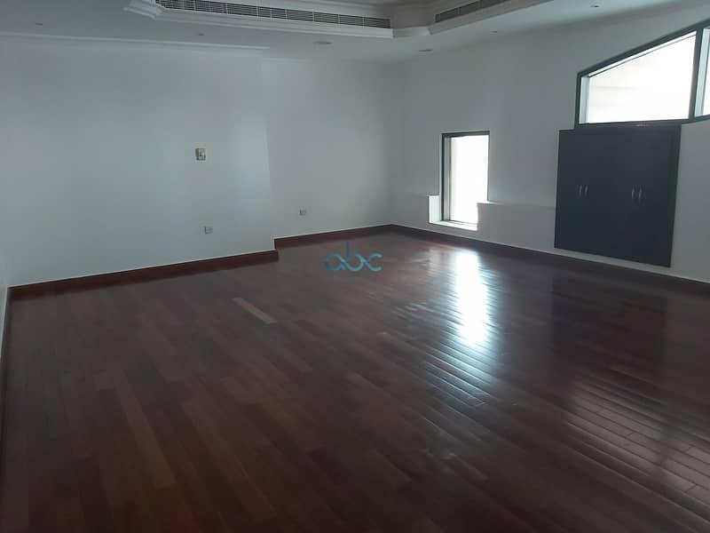 2 Specious Office | Prime Location| Vacant