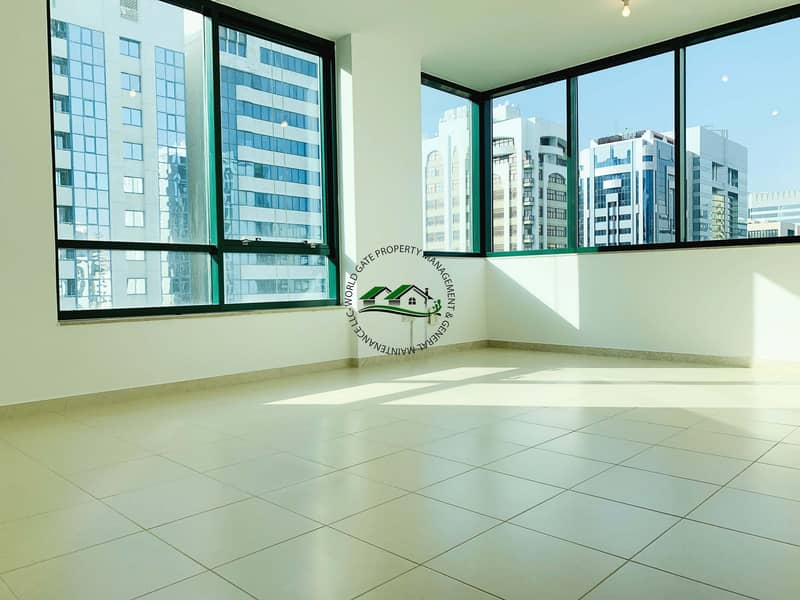 2 Fabulous 2 Bedroom Apartment with FREE Parking