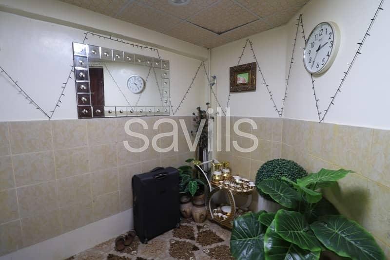 2 Al Sabkha 4 BED villa with huge hall