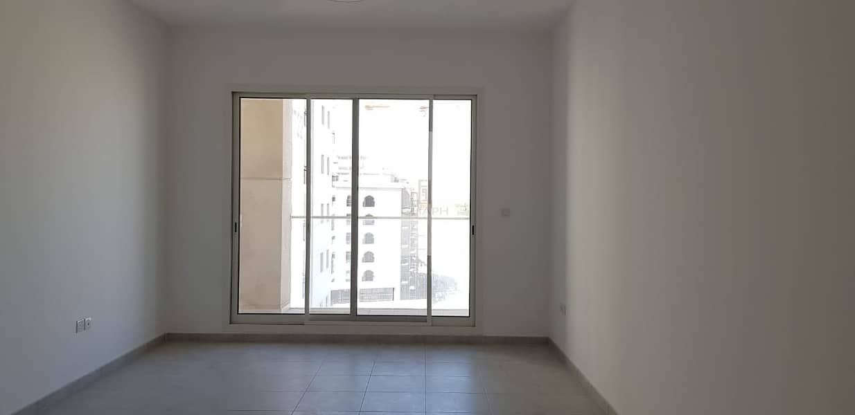 Spacious 1 Bedroom for Rent in Sherena Residence