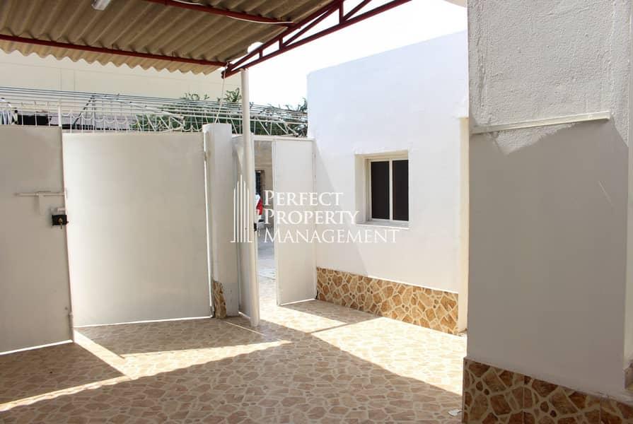 Very beautiful low budget villa for rent Al Qurm