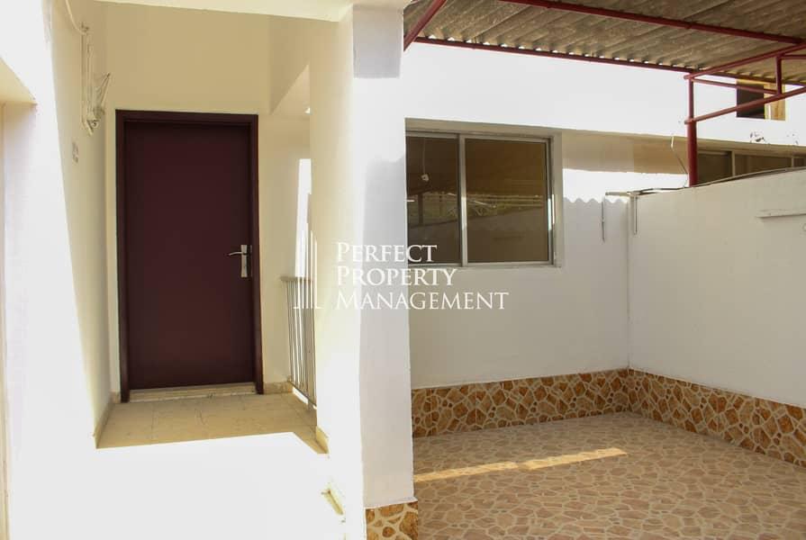 15 Very beautiful low budget villa for rent Al Qurm