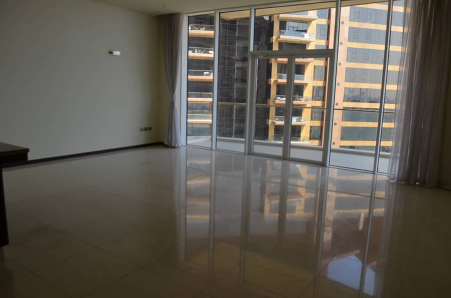2 Huge Apartment With City View in Sapphire