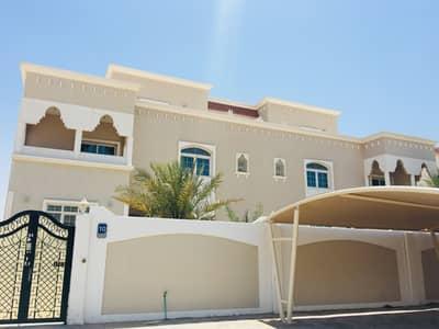 فیلا 6 غرف نوم للايجار في مدينة شخبوط (مدينة خليفة ب)، أبوظبي - فیلا في مدينة شخبوط (مدينة خليفة ب) 6 غرف 145000 درهم - 4691423