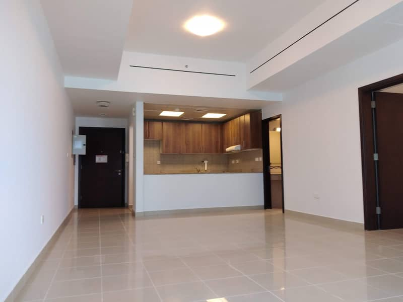 No Commission - 2 BR Large Apartment