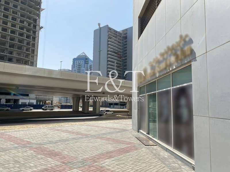 Only Retail in Downtown Good ROI Tenanted for 5yrs