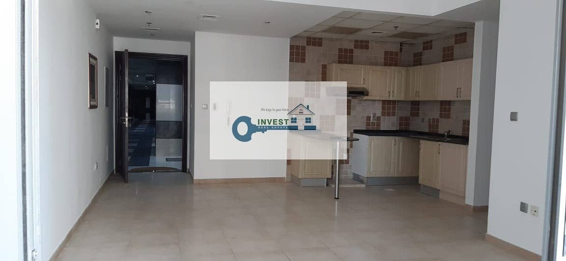 2 BEDROOM CHILLER FREE READY TO MOVE IN WITH GOOD PRICE