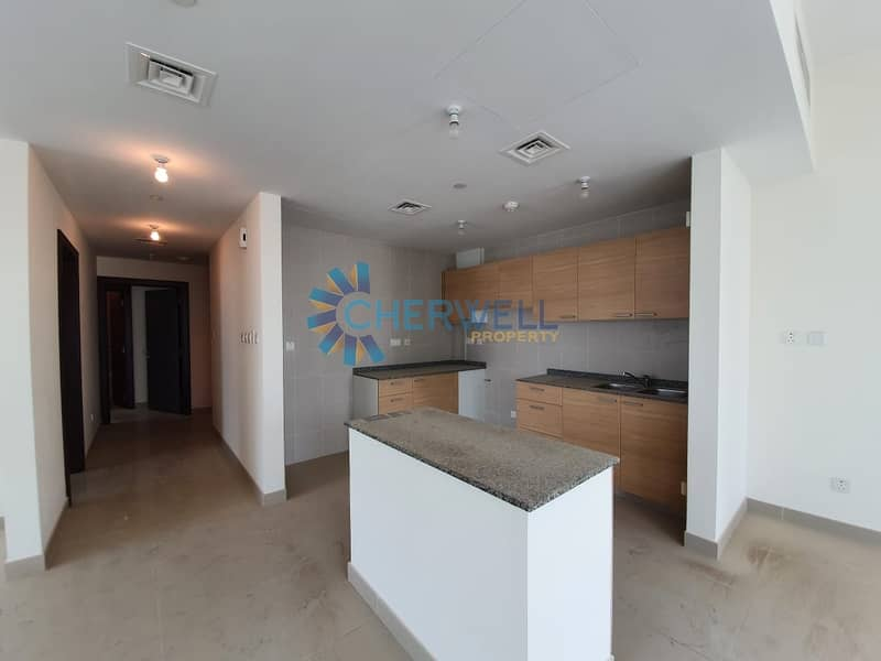 2 Hot Deal | Gorgeous Family Apartment | Vacant