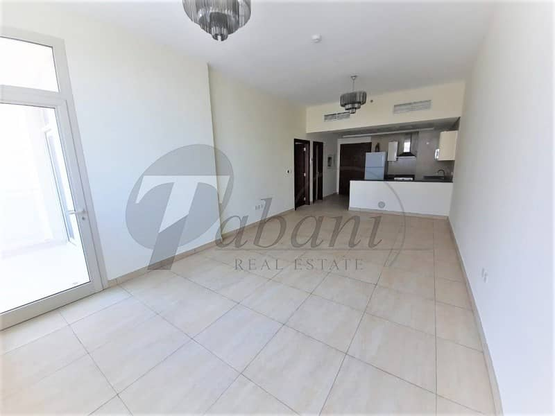 Close to metro|Spacious| Chiller free|Higher floor
