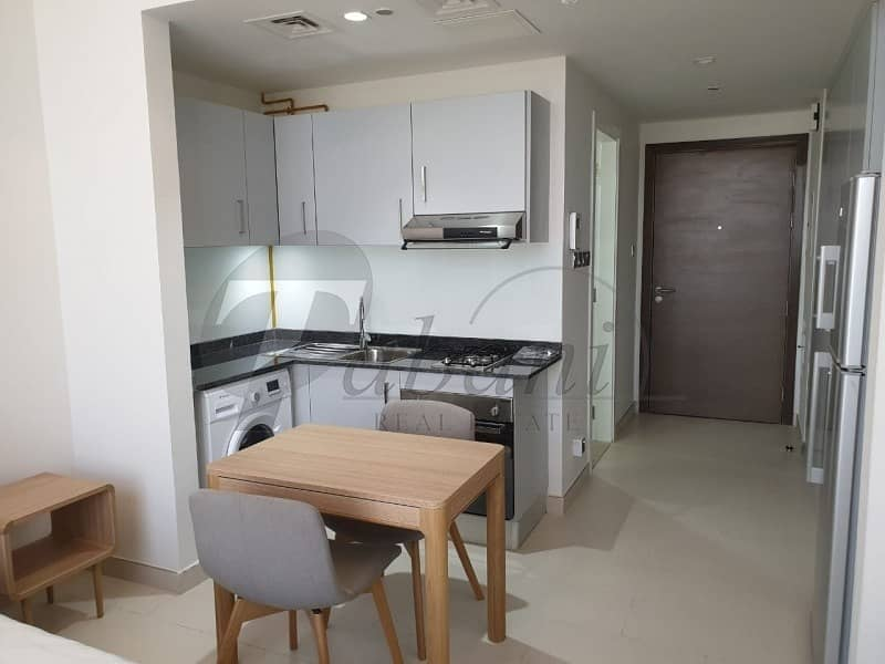 2 Chiller free|Higher floor|Fully Furnished|Bright