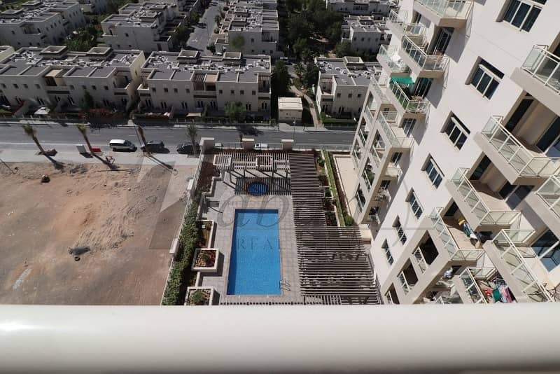 19 Pool view|Chiller free|Near Metro|Kitchen Equipped