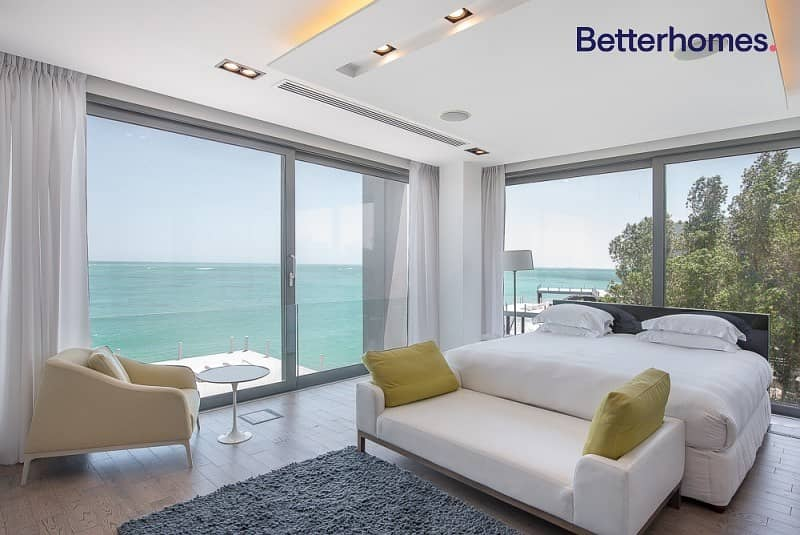 2 Gorgeous Exclusive Deluxe 4BR Water Villa