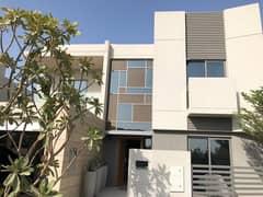 Stunning 4BR Villa in Lilac, Al Zahia