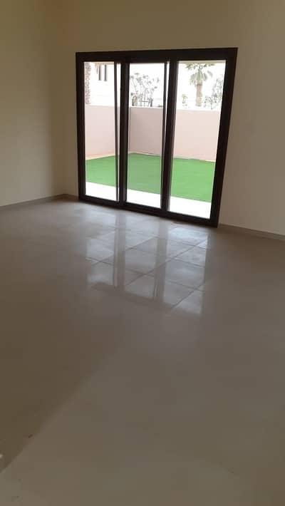تاون هاوس 3 غرف نوم للبيع في مويلح، الشارقة - Hot Deal|Townhouse Corner End unit 3BR in Al Zahia