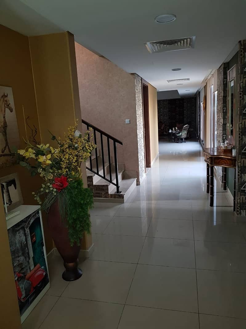 2 Hot Deal Fully Furnished 5 Bedroom Luxury Villa in Phase 1