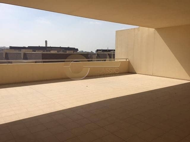 Largest 2ed | Private Terrace | Motor City