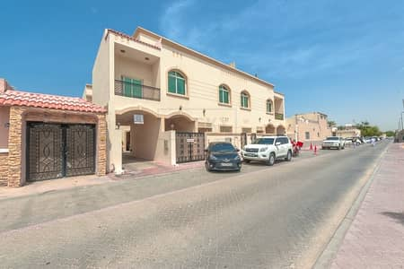 فیلا 3 غرف نوم للايجار في السطوة، دبي - Amazing 3 B/R Compound Villa with Split Unit | Prime Location | Satwa
