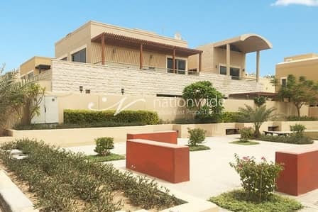 5 Bedroom Villa for Sale in Al Raha Gardens, Abu Dhabi - Sensational 5 BR Villa with Private Pool