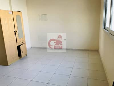 Studio for Rent in Muwailih Commercial, Sharjah - Lavish Studio Flat With Seprate Kitchen Central Ac Just 10-K