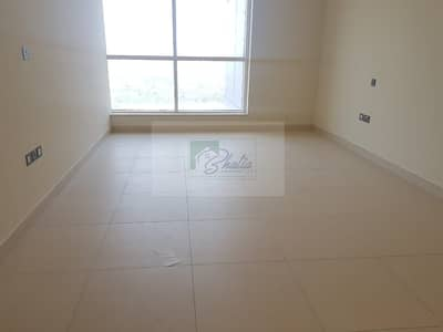Well Maintained: Spacious 1 BR with Gym And Parking
