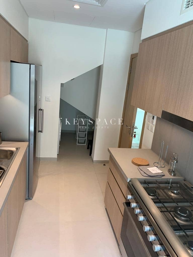 26 Luxury Beachfront Villa For Rent | Fully Fitted Kitchen