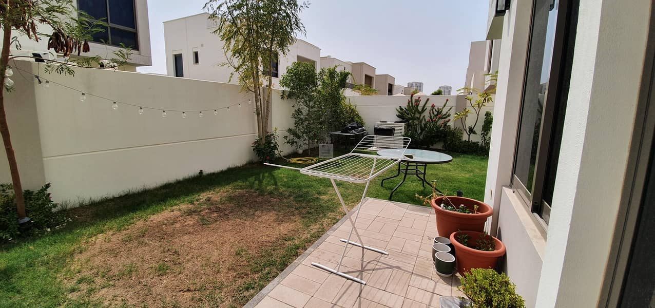 4 BED NEAR TO POOL AND PARK  | LANDSCAPE GARDEN