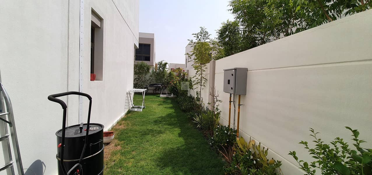 2 4 BED NEAR TO POOL AND PARK  | LANDSCAPE GARDEN