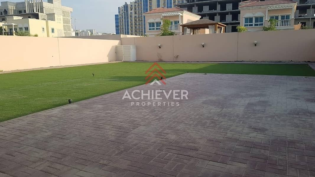14 Ready to Move in | 2 Bed +Maid | Huge Plot