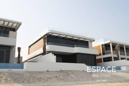 5 Bedroom Villa for Sale in Palm Jumeirah, Dubai - Custom Built  Luxury 5 Bed  Skyline View